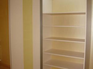 Tolóajtó szekrények